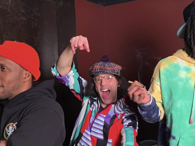 Nardwuar vs. Curren$y and Wiz Khalifa // Video