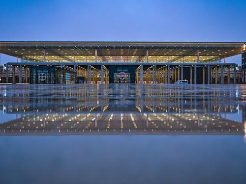 Bild des Tages: Der Flughafen BER wird heute eröffnet.