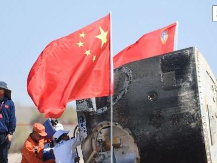 Chinas Astronauten wieder auf der Erde