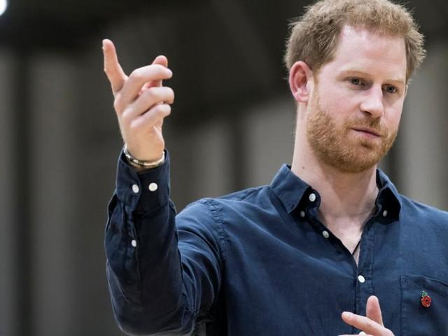 """""""Wen nimmt er ins Visier?"""": Harry veröffentlicht weiteres Buch nach Tod der Queen"""
