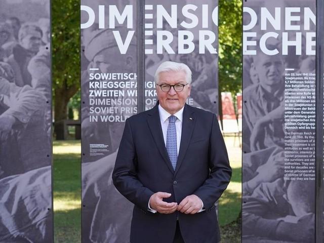 Kranzniederlegung an Ehrenmal: Steinmeier gedenkt Opfern des deutschen Überfalls auf die Sowjetunion