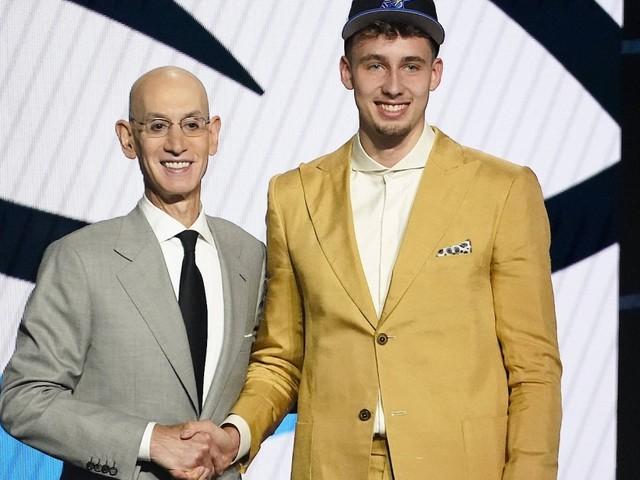 Früher als Nowitzki: Basketball-Talent Wagner erfüllt sich NBA-Traum