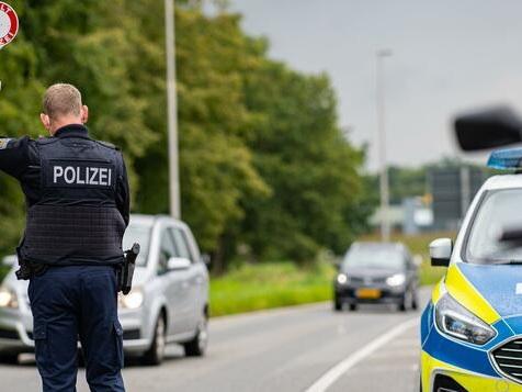 Bundespolizei überprüft verschärfte Testpflicht für Reiserückkehrer