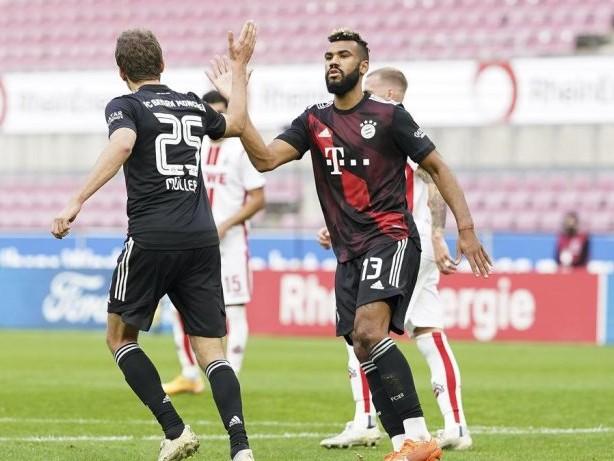 Fussball: Live! 2:0! Gnabry legt nach - Bayern in Köln auf Kurs