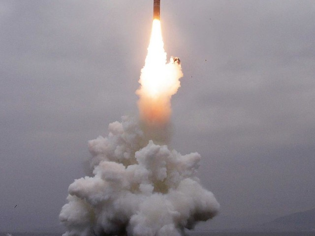 Nordkorea lässt mit neuer U-Boot-Rakete die Muskeln spielen