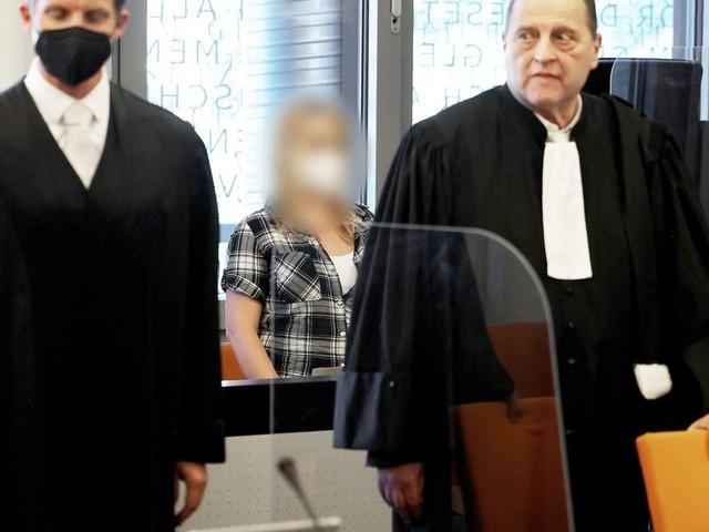 Fünf tote Kinder in Solingen: Mutter unter Mordverdacht schweigt beim Prozessauftakt