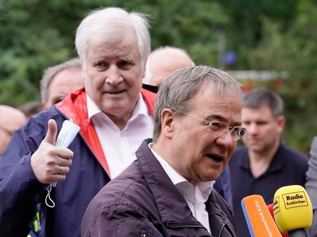 "Seehofer lobt Armin Laschet: ""Aus diesem Holz werden Kanzler gemacht"""