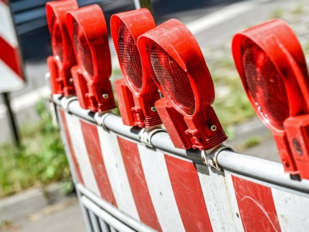 Rohrbruch: RWW repariert Rohrbruch an der Essener Straße in Bottrop