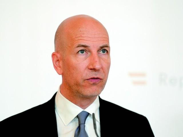 Kocher: Lockdown könnte pro Woche 1 bis 1,5 Milliarden Euro kosten