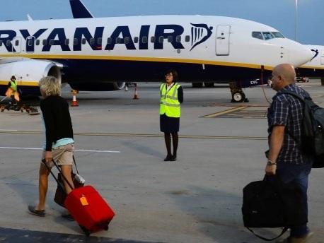 Billigflieger in Nöten: Fallen bei Ryanair noch mehr Flüge aus?