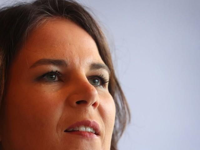 Annalena Baerbock fordert Corona-Testpflicht für Reiserückkehrer