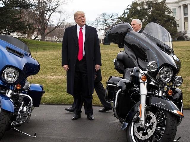 Zollstreit mit der EU: Trump droht nach Gewinneinbruch von Harley mit Vergeltung