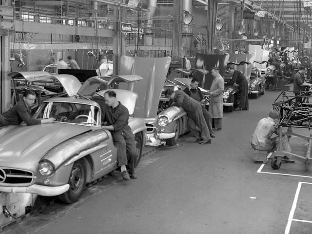 Fahrzeughistorie: Der Duft nach Leder und heißem Öl