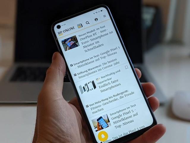Smartphones im Test: Samsung Galaxy S21 mit Space-Zoom und flachem Karton