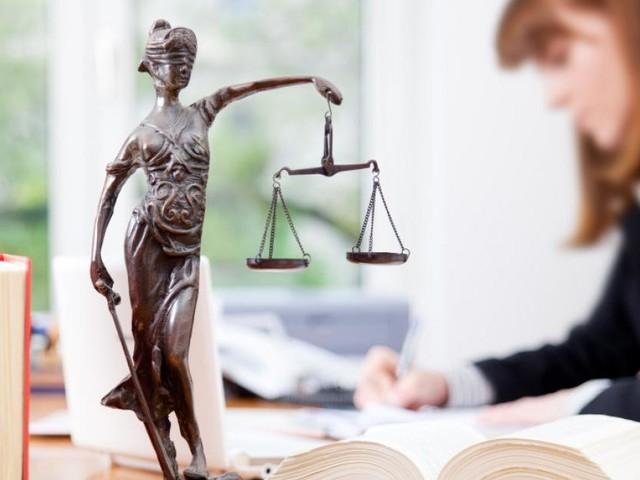 Volksbegehren soll Attacken gegen die Justiz stoppen