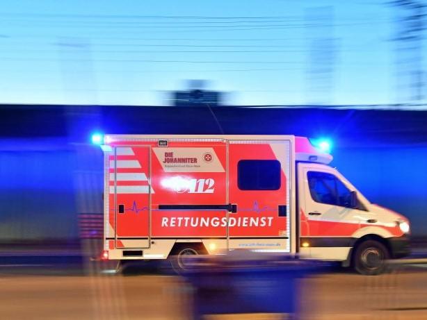 Unfall: 19-jähriger Fußgänger in Gevelsberg von Pkw erfasst