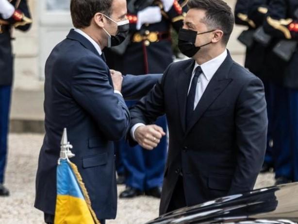 Krisengespräch: Ukraine: Merkel, Macron und Selenskyj fordern Truppenabbau