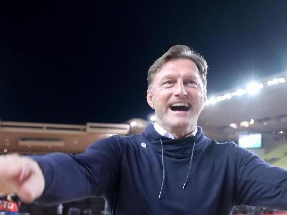 RB Leipzig muss trotz 4:1 weiter bangen - Rangnick zufrieden