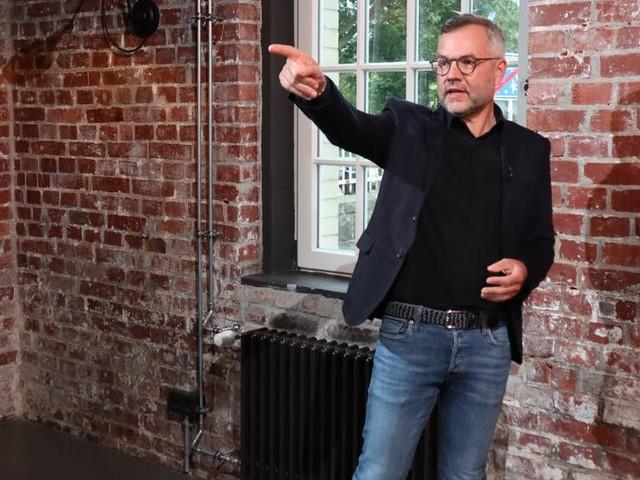"""SPD-Spitzenkandidat Michael Roth: """"Vor Kurzem wurden wir noch belächelt - jetzt sind wir auf Platz eins"""""""
