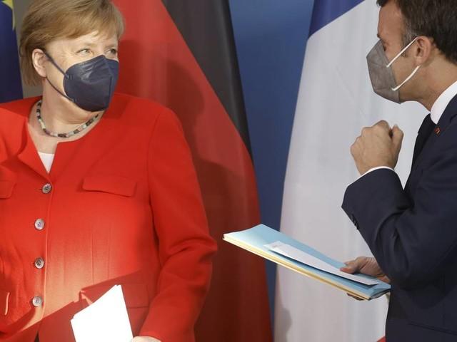 Treffen in Berlin vor EU-Gipfel: Merkel und Macron sehen Russland und Türkei als große Herausforderungen
