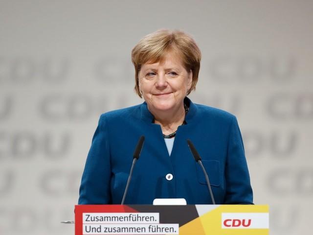 Merkel macht in ihrer Rede klar, wen sie sich als ihren Nachfolger wünscht