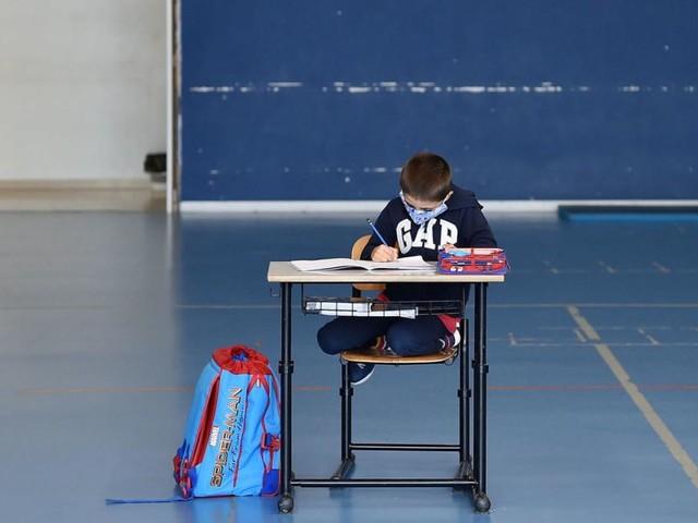 Neue Corona-Maßnahmen: Warum Kindergärten und Schulen vorerst offen bleiben