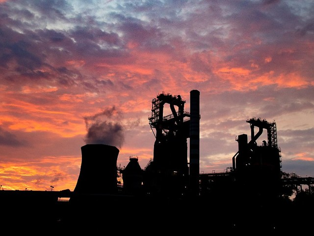 Arbeitsmarkt bleibt schwach: Deutsche Wirtschaft kriecht aus der Krise