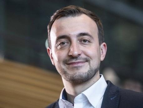 Paul Ziemiak: Warum der Chef der Jungen Union Merkel nicht kritisiert