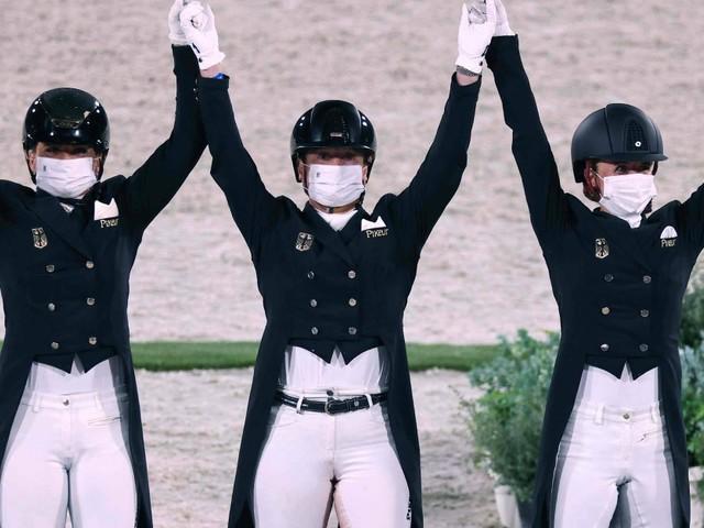 Deutsche Dressurreiterinnen holen Olympia-Gold in Tokio