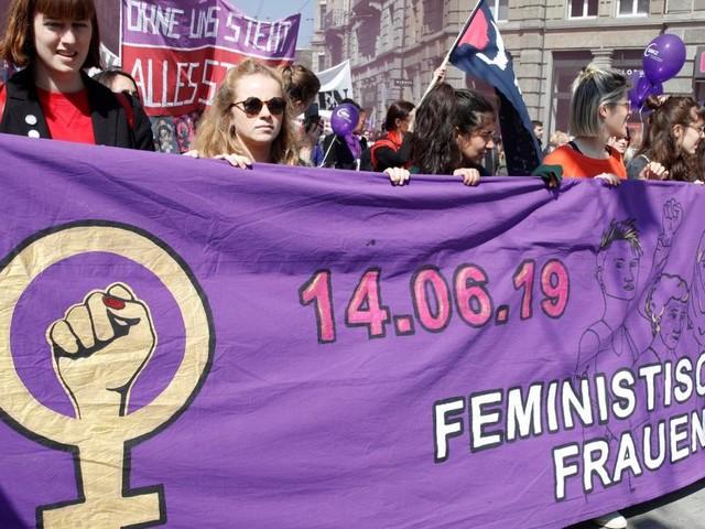"""Schweizer Frauen streiken: """"Mitmachen ist selbstverständlich"""""""
