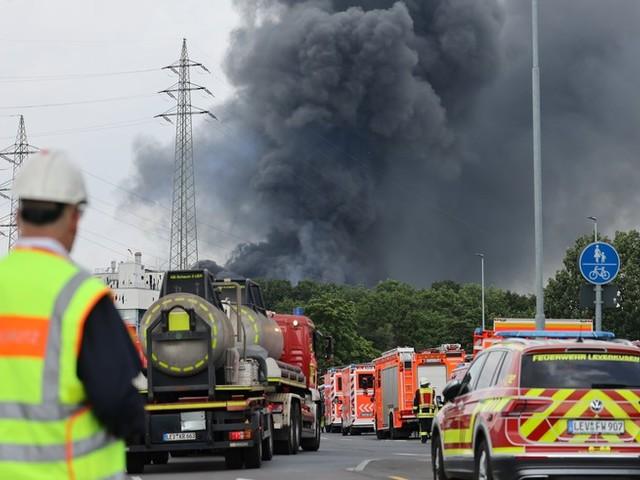Schwere Explosion in Chempark Leverkusen: Vermisster Mitarbeiter tot aufgefunden
