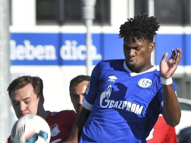 Schalke 04: Schalke nimmt U23-Stürmer Wright mit nach St. Petersburg