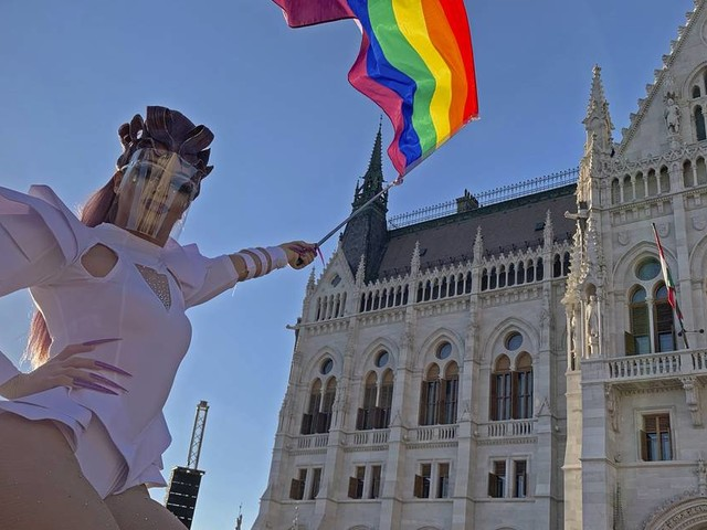 Deutschland schließt sich Kritik an: Ungarn verteidigt bei EU-Treffen umstrittenes Homosexuellen-Gesetz