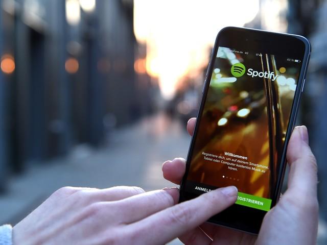 Spotify schmeißt 37 rassistische Bands von der Plattform