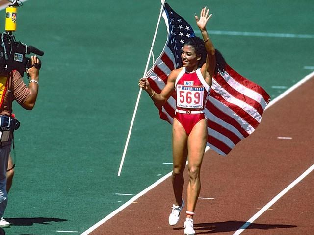 Griffith-Joyner im Jahr 1998: Der rätselhaft-plötzliche Tod der Sprintkönigin