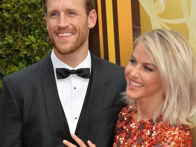 Julianne Hough: Schauspielerin bestätigt Trennung von Brooks Laich