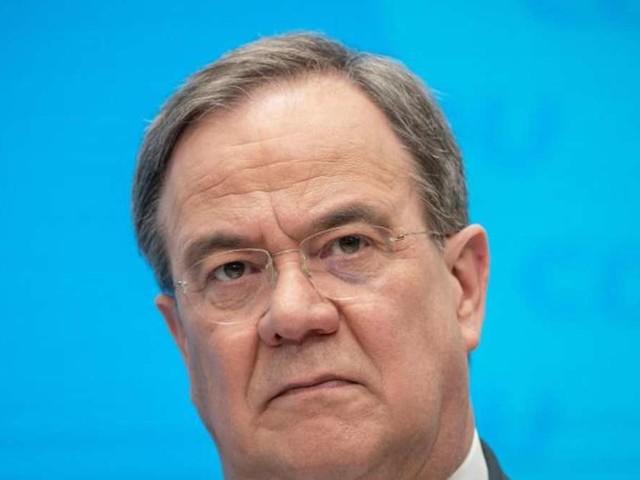 """Union in historischem Umfrage-Tief: CSU-General Blume sieht Schuld bei Laschet - """"große Enttäuschung"""""""