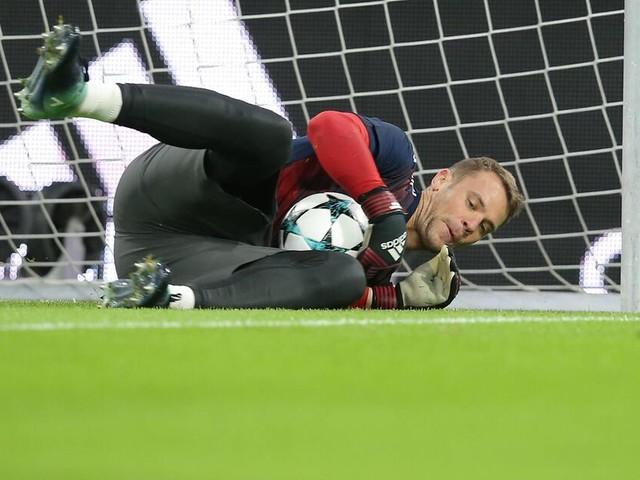 Manuel Neuer: OP bei verletztem Torhüter des FC Bayern