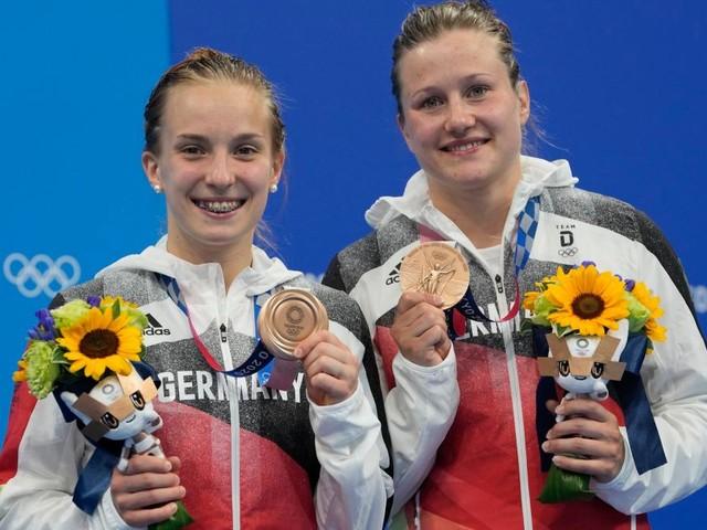Tränen bei Wasserspringerinnen - Deutschland holt erste Medaille