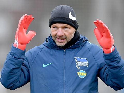 Nach homophoben Aussagen: Hertha trennt sich von Torwarttrainer Petry