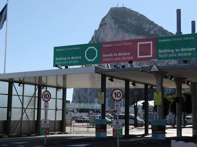 Gibraltar: Inzidenz über 600 trotz 100 Prozent Impfquote - wie geht das?