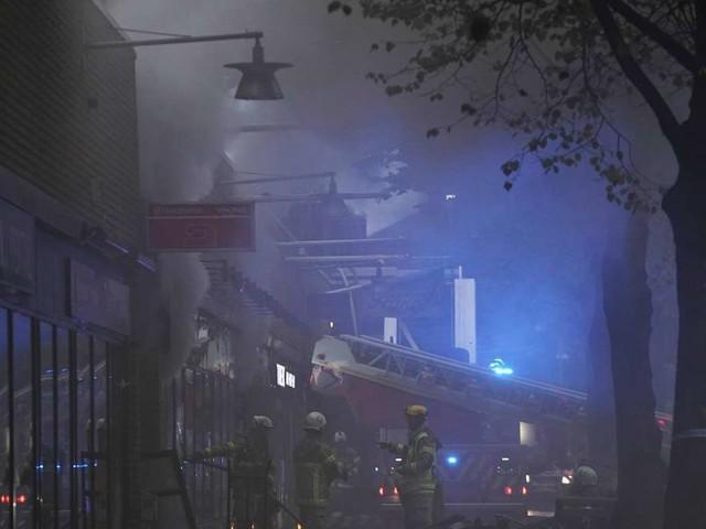 Heftige Explosion erschüttert Göteborg: Menschen springen von Balkonen - Hunderte evakuiert