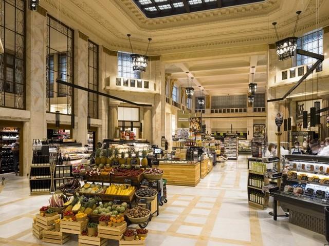 Shoppen in ehrwürdigen Hallen des Wiener Bankvereins