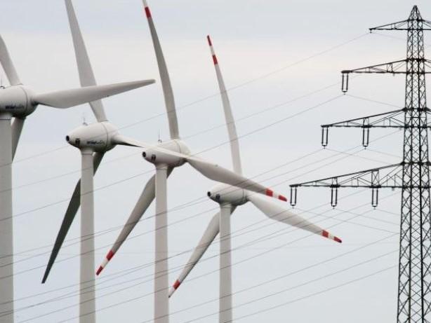 Höhere Strompreise?: Prognose: Ökostrom-Umlage steigt 2020 leicht an