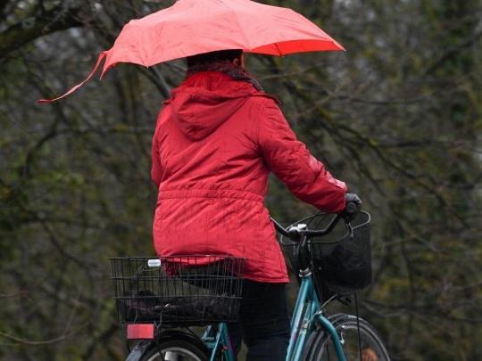 Wetter - Am Samstag bewölkt mit Schauern, 7 bis 11 Grad