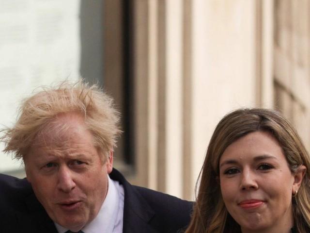 Boris und Carrie Johnson: Teils fiese Kommentare nach Baby-News