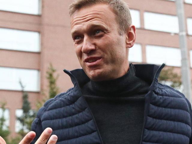 Alexej Nawalny: Vergifteter Kreml-Kritiker postet neues Foto aus der Charité