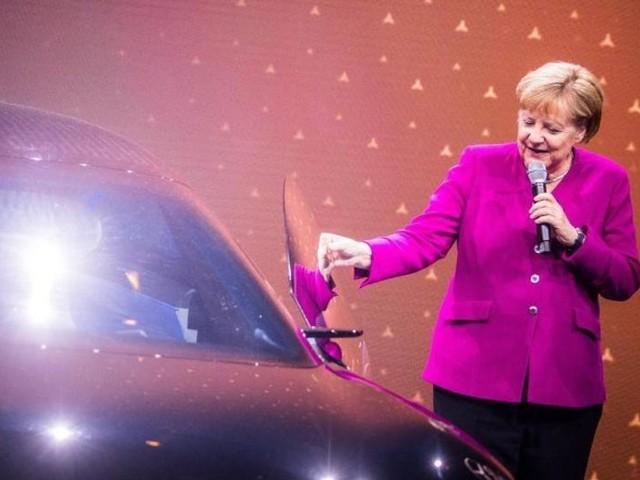 Merkel fordert schnellen Ausbau der Infrastruktur