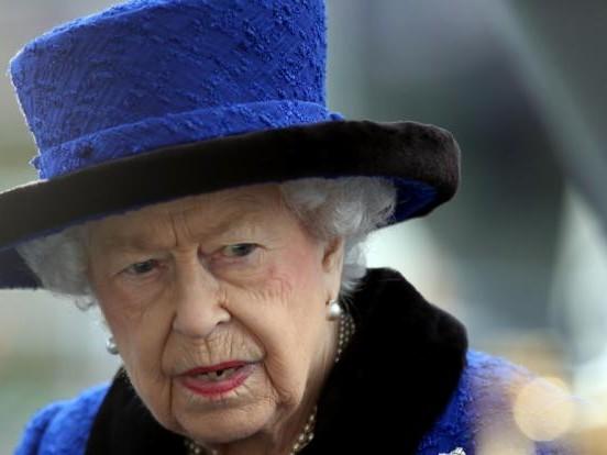 Queen Elizabeth II.: Erneute Sorge um die Queen! Mutet sich die Monarchin zu viel zu?
