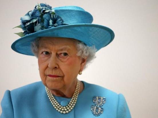 """Prinz Harry plant Memoiren: """"Hochgradig respektlos!"""" Jetzt hat Queen Elizabeth II. die Faxen dicke"""